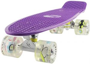 Maketec Skateboards Complete 22 Inch Mini cruiser Retro Skateboard